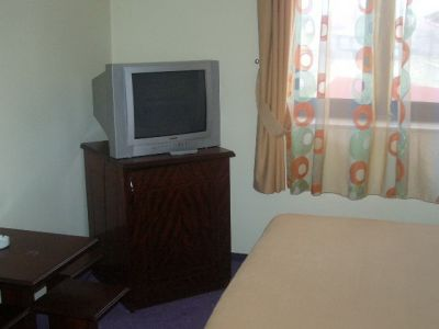 Camera cu televizor