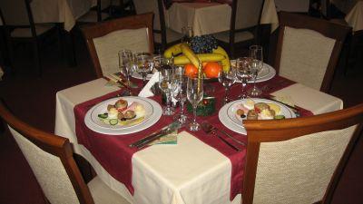 Restaurant-1