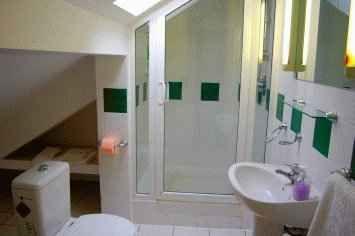 apartament-1-verde-sus-baie.jpg
